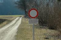 Bild Allgemeines Fahrverbot, ausgenommen Anrainer und Radfahrer